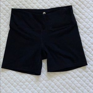 90 Degree Black Shorts